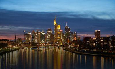 cuánto cuesta ir a Frankfurt